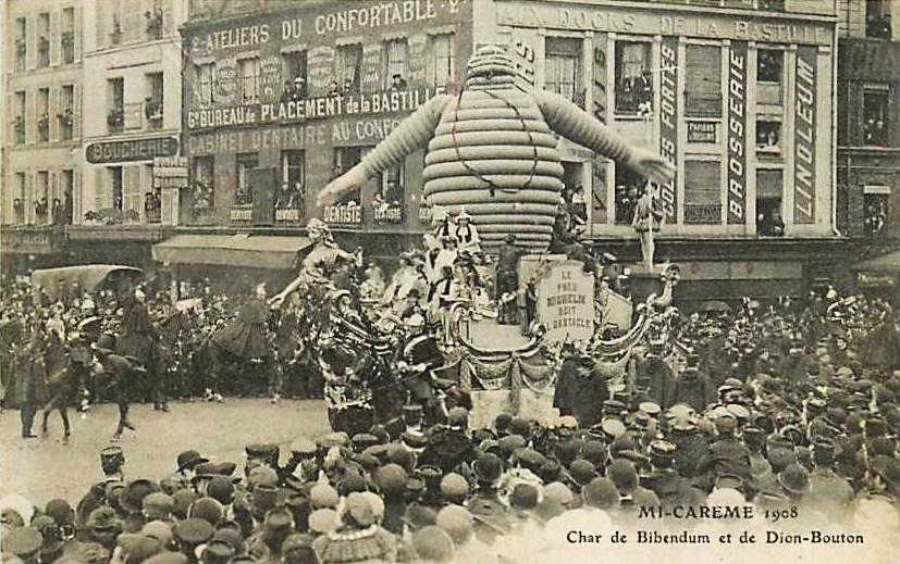 Carro di Bibendum nel 1908 a Parigi